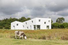 Casa para un Fotógrafo / Studio Razavi architecture