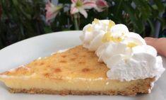 Μοναδικά Νηστίσιμα μπισκοτάκια με γεύση λεμόνι χωρίς αυγά και χωρίς βούτυρο Waffles, Cheesecake, Pie, Pudding, Breakfast, Desserts, Yummy Yummy, Food, Torte