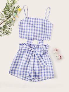 To find out about the Girls Knot Gingham Top & Paperbag Waist Shorts Set at SHEIN, part of our latest Girls Two-piece Outfits ready to shop online today! Girls Fashion Clothes, Teen Fashion Outfits, Look Fashion, Outfits For Teens, Girl Fashion, Girl Clothing, Cute Summer Outfits, Cute Casual Outfits, Ropa Interior Babydoll