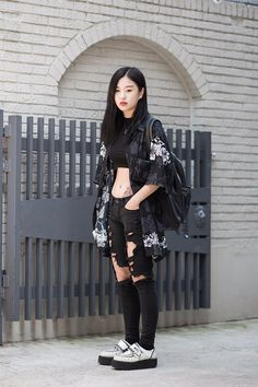 Best Edgy Outfits Part 4 Kpop Outfits, Edgy Outfits, Korean Outfits, Mode Outfits, Grunge Outfits, Fashion Outfits, Modest Fashion, Fashion Mode, Japan Fashion