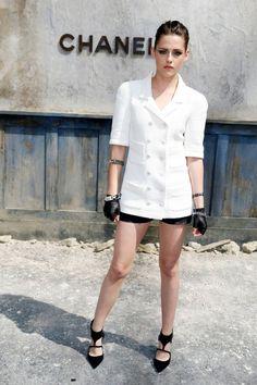Kristen Stewart #Chanel Fall 2013 Couture fashion show in Paris » http://www.fashionmagazine.com/blogs/society/2013/07/03/kristen-stewart-chanel-couture-show/