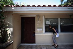 """Nationstar, which made its name servicing delinquent loans, this summer plans to rename itself """"Mr."""" The move reflects a housing recovery that is threatening the business of foreclosure clean-up firms. Buying A Foreclosure, Foreclosure Listings, Puerto Rico, Foreclosed Properties, Bank Owned Homes, Foreclosed Homes, Residential Real Estate, Real Estate News, First Time Home Buyers"""
