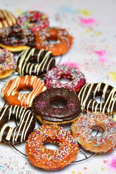 Doughnut, Food And Drink, Desserts, Recipes, Bar, Donuts, Sweets, Fine Dining, Tailgate Desserts