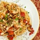 Italian Food Forever » Spaghetti With Shrimp, Tomatoes & Breadcrumbs