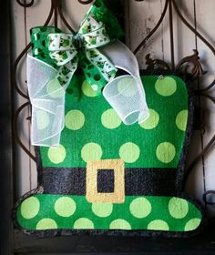 St Patrick's Day Leprechaun Hat Burlap Door by ConnieRisleyCrafts