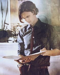 Spencer Reid, I have a total crush on this character lol