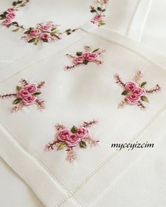 Otomatik alternatif metin yok. Floral Embroidery Patterns, Hand Embroidery Videos, Embroidery Flowers Pattern, Embroidery Works, Creative Embroidery, Embroidery Monogram, Rose Embroidery, Silk Ribbon Embroidery, Hand Embroidery Designs