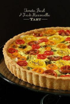 Tomato, Basil and Fresh Mozzarella Tart - The Cafe Sucre Farine - with a super easy press-in crust, glistening jewel-hued tomatoes and lots of fresh basil this tart makes a beautiful breakfast, lunch or dinner! Quiche Recipes, Tart Recipes, Cooking Recipes, Quiche Tart Recipe, Quiches, Savory Tart, Fresh Mozzarella, Galette, Breakfast Recipes