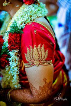 Kerala Saree Blouse Designs, Wedding Saree Blouse Designs, Best Blouse Designs, Simple Blouse Designs, Blouse Neck Designs, Sleeves Designs For Dresses, Designer Blouse Patterns, Sarees, Blouses