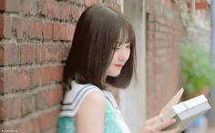 Kpop Girl Groups, Kpop Girls, Jung Eun Bi, Role Player, 2nd Anniversary, Korean Girl Fashion, Summer Rain, G Friend, Cloud Dancer
