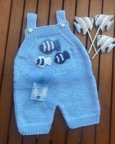 Baby Dungarees Pattern, Baby Pants Pattern, Romper Pattern, Baby Knitting Patterns, Baby Boy Knitting, Free Knitting, Crochet Patterns, Start Knitting, Knitting Toys