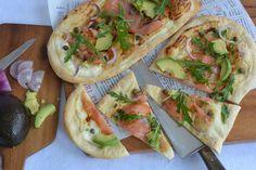 Celebration Treats 4U: Kylmäsavulohipizza Vegetable Pizza, Tacos, Celebration, Treats, Vegetables, Cooking, Ethnic Recipes, Food, Pizza