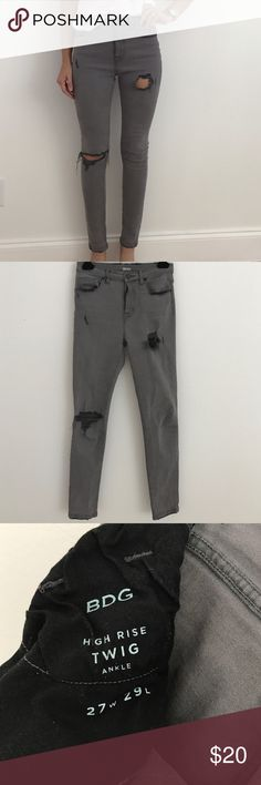 """BDG distressed Twig High rise Ankle Jean Size 27 very stretchy great skinny BDG jeans. Worn a handful of times. I'm 5'6"""" so these hit at the ankle. They have not been hemmed. These are a great post pregnancy jean due to the high rise and stretch. Not uncomfortable at all. Love them just don't seem to wear anymore 😢. Composition 99% cotton 1% Elastane. Please no low balls. Pet free smoke free home. BDG Jeans Skinny"""