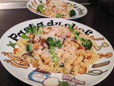 Paste cu broccoli Delicious Food, Broccoli, Ethnic Recipes, Yummy Food
