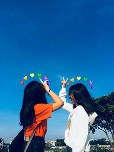 Bff Pics, Cute Friend Pictures, Friend Photos, Korean Girl Photo, Cute Korean Girl, Cute Girl Photo, Best Friend Photography, Girl Photography Poses, Best Friend Fotos