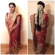 Image may contain: 1 person South Indian Wedding Hairstyles, Indian Hairstyles, Bride Hairstyles, Dress Indian Style, Indian Wear, Indian Bridal Fashion, Designer Dresses, Designer Sarees, Beautiful Saree