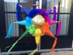Star piñata #navidad #rainbow #piñata #colors #piñatas #fiesta #party #star #feest Paw Patrol Pinata, Paw Patrol Party, Paw Patrol Birthday, Star Pinata, Rainbow Pinata, Ward Christmas Party, Fiesta Decorations, Party Background, Mexican Party
