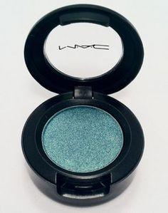 MAC - Steamy Frost eyeshadow