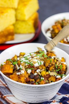 Sweet Potato and Black Bean Chili. Looking for a tasty vegetarian chili? This Sweet Potato & Black Bean Chili is packed with flavor and perfect for a chilly Autumn day! Beef Chili Recipe, Chili Recipes, Soup Recipes, Healthy Recipes, Dinner Recipes, Black Bean Chili, No Bean Chili, Vegetarian Chili, Vegetarian Recipes