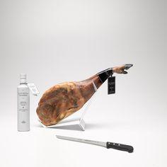 Lot nº 4: Acorn-fed 75% Iberico shoulder + 500ml bottle of Extrem oil + Ham knife Extrem - Jamón Ibérico OnlineJamón Ibérico Online