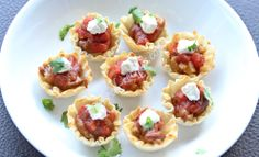 Mini tex-mex cups with kidney beans