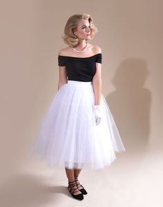 Grace Kelly, anyone? Retro Style White Layered Tulle Swing Skirt