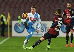 Napolis player Piotr Zielinski vies with Genoa CFC player Miguel Veloso during the Serie A match between SSC Napoli and Genoa CFC at Stadio San Paolo on February 10, 2017 in Naples, Italy.
