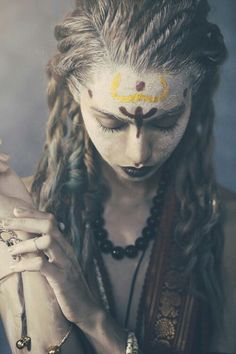 This would be more priestess than warrior but still cool Danza Tribal, Look Girl, Beltane, Lord Shiva, Warrior Princess, War Paint, Larp, Female Characters, Character Inspiration