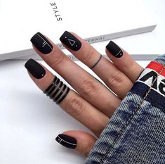 Have you heard of the idea of minimalist nail art designs? These nail designs are simple and beautiful. You need to make an art on your finger, whether it's simple or fancy nail art, it looks good. Of course, you may have seen many simple and beaut Square Nail Designs, Black Nail Designs, Nail Art Designs, Nails Design, Acrylic Nail Designs Classy, Classy Nail Art, Matte Black Nails, Black Nail Art, Dark Nails