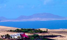 Kalindi is a place of tranquility and calm in the heart of Lanzarote offering a meaningful experience in a atmosphere amid the stunning landscapes. Rural House, Canary Islands, B & B, Hostel, Bed And Breakfast, Spain, Mountains, Landscape, Places