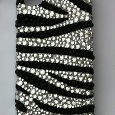 this is sooo pretty i want a case like this