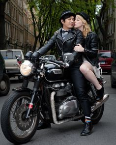 This soon to be bride and groom is ready for adventure on their motorcycle in this Brooklyn engagement photo shoot. Triumph Motorbikes, Triumph Motorcycles, Triumph Bonneville, Bike Wedding, Star Wedding, Retro Motorcycle, Motorcycle Style, British Motorcycles, Professional Wedding Photography