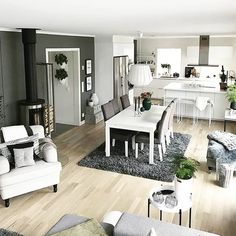 Beautiful luxury comfy living room designs for small spaces ideas 1 fugar.sepatula Beautiful luxury comfy living room designs for sma Interior Design Living Room Warm, Room Interior, Living Room Designs, Home Living Room, Apartment Living, Living Room Decor, Basement Apartment, Small Apartment Design, Small Apartments