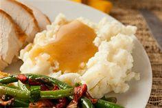 Gluten Free Turkey Gravy Recipe: http://glutenfree.answers.com/side-dishes/gluten-free-turkey-gravy-recipe #glutenfree