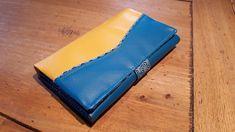 Compagnon Complice en similis bleu et jaune cousu par Aline - Patron Sacôtin