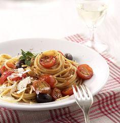 Schnelle Tomatenpasta  http://www.essen-und-trinken.de/rezept/79446/153526/drucken