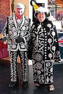 Pearly Kings and Queens - Wikipedia, the free encyclopedia