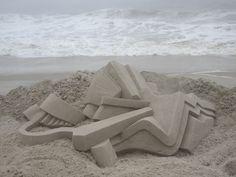 Calvin Seibert Sculpts Impressive Modernist Sandcastles,© Calvin Seibert