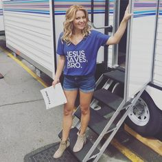 loving the booties! Candace Cameron Bure, Candice Cameron, Candice Bure, Famous Stars, Classic Looks, Role Models, Fashion Beauty, Celebrity Style, Dj