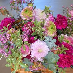 ¡Bienvenida #primavera! Nos encanta tu color y energía #spring #flores