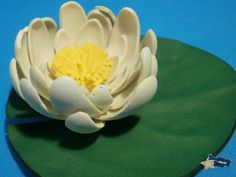 DIY nenúfar goama eva Handmade Flowers, Floral, Plants, Lotus, Houses, Decor, Swiming Pool, Feltro, Fabric Flowers