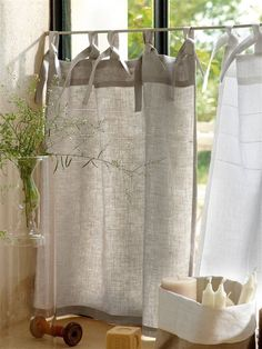 Cute window linen blind idea kitchen