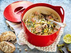 Hieman hapokas, helposti valmistuva kalapata katkarapujen kera. Pata syödään riisin kanssa tai kastamalla siihen rouheista maalaisleipää.
