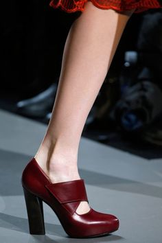 Marc Jacobs Fall 2013 - yes to chunky heels!
