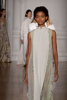 VALENTINO HAUTE COUTURE SPRING/SUMMER 2017 COLLECTION | Valentino
