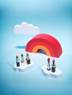 Kerry Hughes' Pop Paper Set Design | Trendland: Design Blog & Trend Magazine