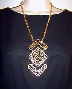 Vintage Designer Gold Tone Linked Diamond Shapes Lacey Open Work Ornate Lace Statement Chain Necklace Pendant Signed Hillcraft