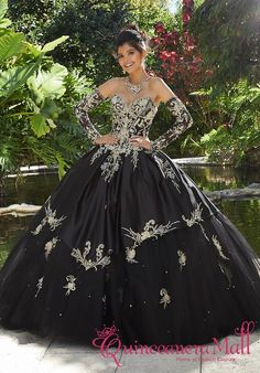 The Mori Lee Collection offers elegant and colorful quinceanera dresses and vestidos de quinceanera. These 15 dresses are perfect for your quince party! Turquoise Quinceanera Dresses, Mexican Quinceanera Dresses, Mexican Dresses, Tulle Balls, Tulle Ball Gown, Tulle Dress, Ball Gowns, Satin Tulle, Mori Lee Bridal
