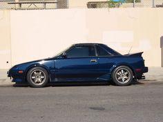 nice blue Toyota MR2 AW11 (via http://philscarblog.wordpress.com)