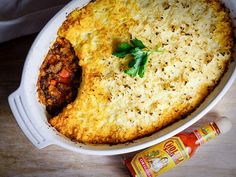 A twist on the traditional comfort food, this Shepherd's Pie with Mashed Cauliflower featuring Cholula Hot Sauce is loaded with flavor, but not with carbs. Pie Recipes, Dinner Recipes, Cooking Recipes, Healthy Recipes, Healthy Foods, Dinner Ideas, Lamb Recipes, Healthy Lunches, Keto Foods